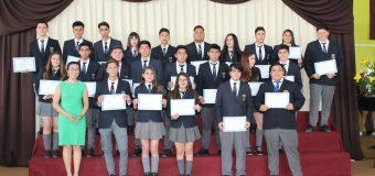 Liceanos concluyen su proceso académico con emotiva ceremonia