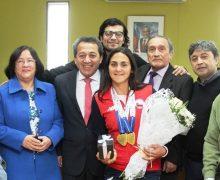 Destacada canotista nacional recibe el reconocimiento del Concejo Municipal de Laja