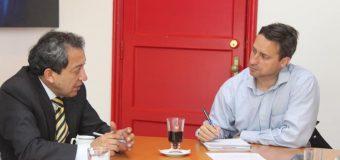 Alcalde de Laja y Seremi de Vivienda y Urbanismo priorizan iniciativas en pro de la comuna