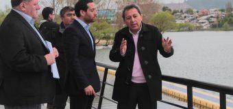 Alcalde de Laja y Seremi de Bienes Nacionales fiscalizan terrenos en la comuna