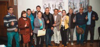 Alcalde de Laja, Frontel y Junta de vecinos Las Ciénagas se reunieron en Municipalidad