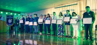 Liceo Técnico Profesional entregó a títulos en Técnico Nivel Medio a alumnos egresados