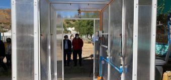 Liceo Técnico Profesional crea túneles sanitizadores