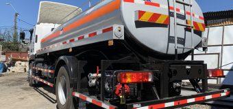 Nuevo camión aljibe se suma al trabajo de llegar con agua potable a sectores rurales